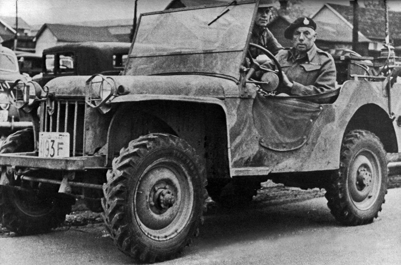 Military Jeep with soldiers