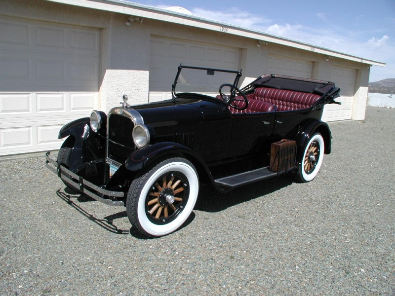 Dodge Phaeton Touring Sedan 1924
