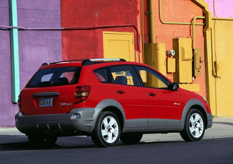 Pontiac Vibe GT rear view