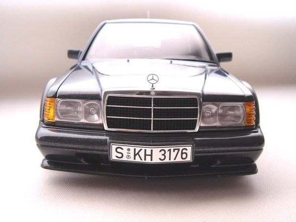Front view of Mercedes Benz 190E 2.5-16 Evo 2