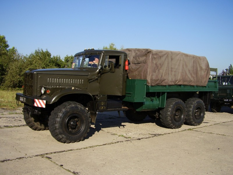 KrAZ-255 side view