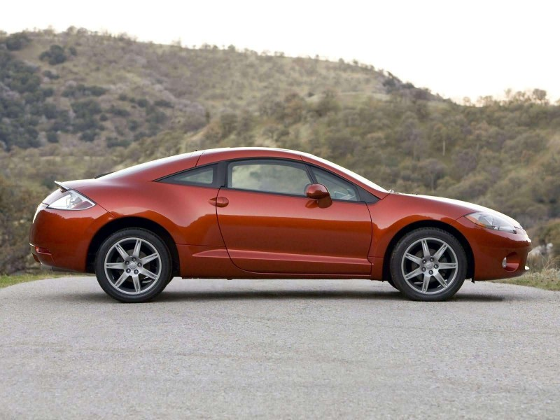 Mitsubishi Eclipse side view