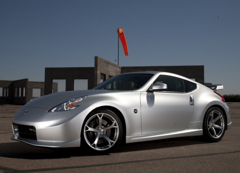 Nissan 370Z photo car