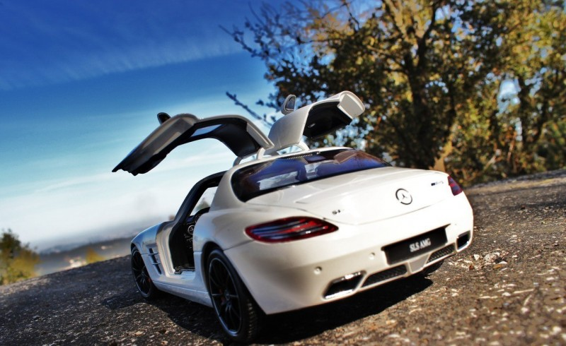car model Mercedes-Benz SLS AMG