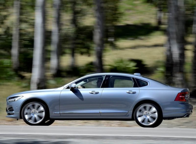 Photo of the new Volvo S90