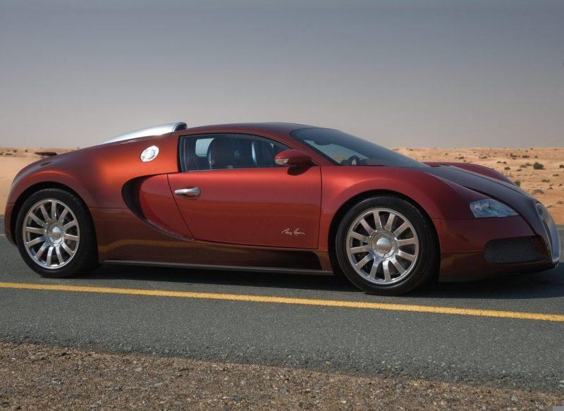 Side view of Bugatti Veyron