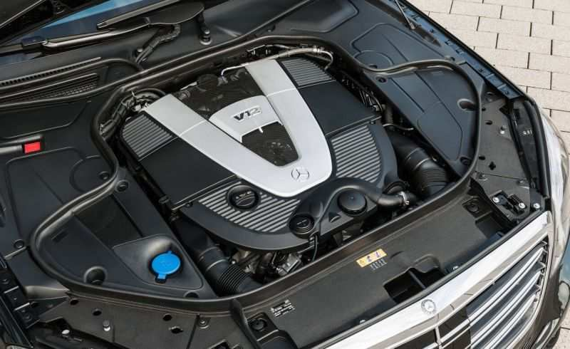 Mercedes Maybach S600 engine