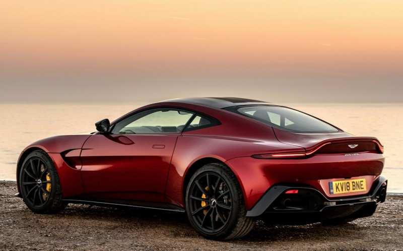 Aston Martin Vantage photo car