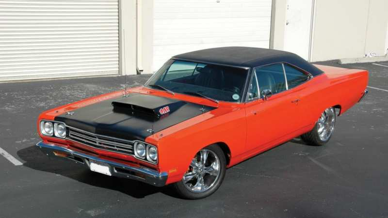 Plymouth Road Runner photo car