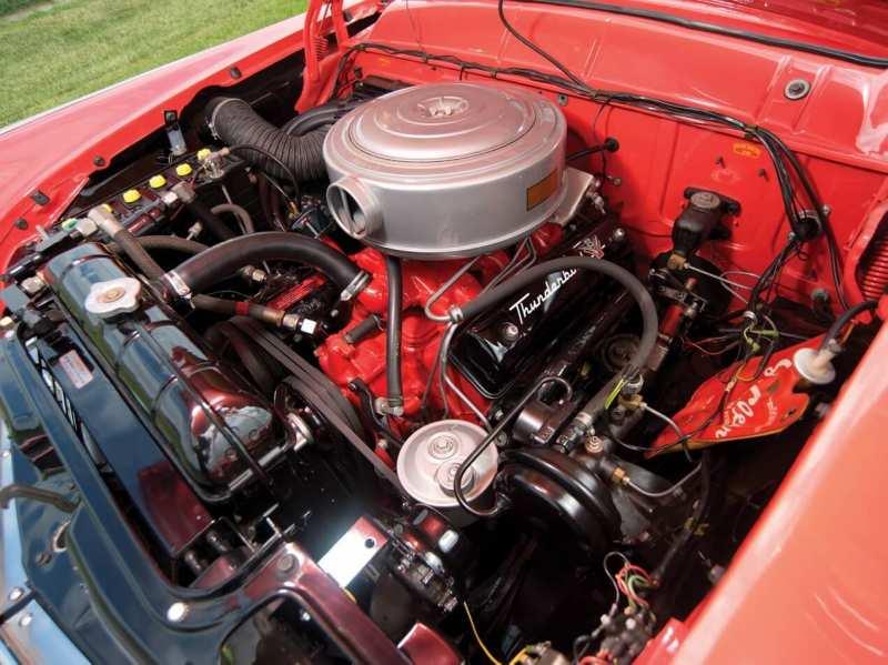 Ford Fairlane Crown Victoria engine
