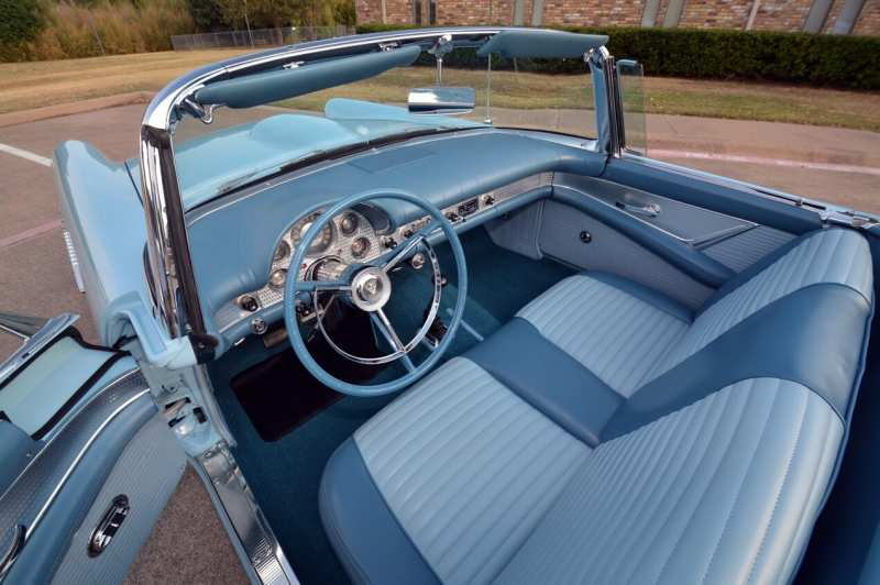 Interior of Ford Thunderbird Special Supercharged 312