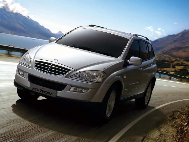 Front view of SsangYong Kyron 2