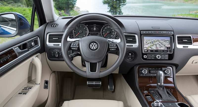 Photo of Volkswagen Touareg salon