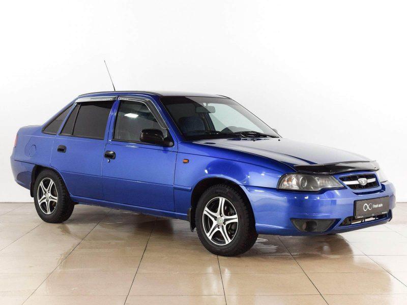 Photo of a Daewoo Nexia car