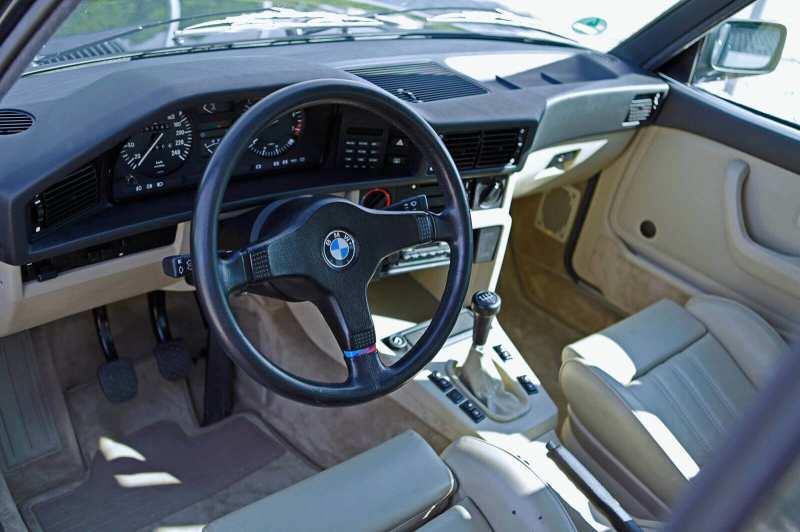 Interior BMW M5 E28