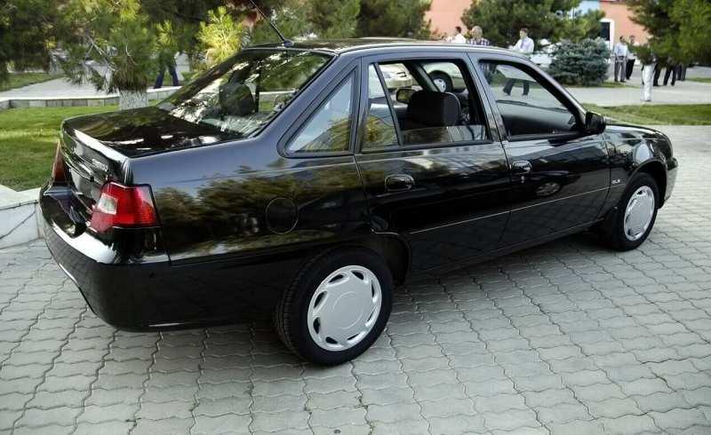 Daewoo Nexia auto photo