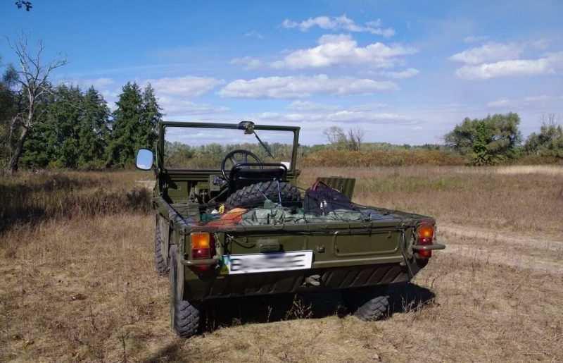 Luaz-967 rear view