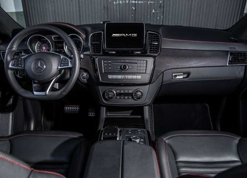 Interior Mercedes-Benz GLE Coupe