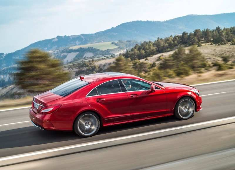 Side View of Mercedes-Bens CLS-Class