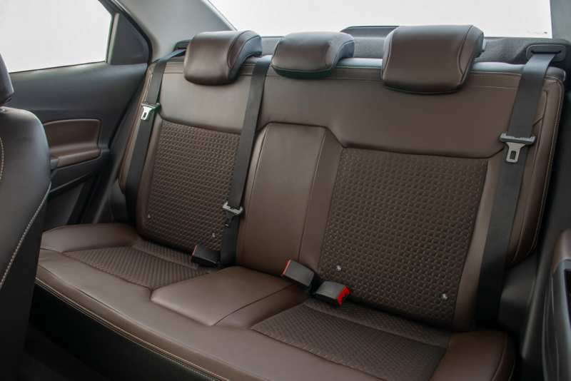 Chevrolet Cobalt back sofa