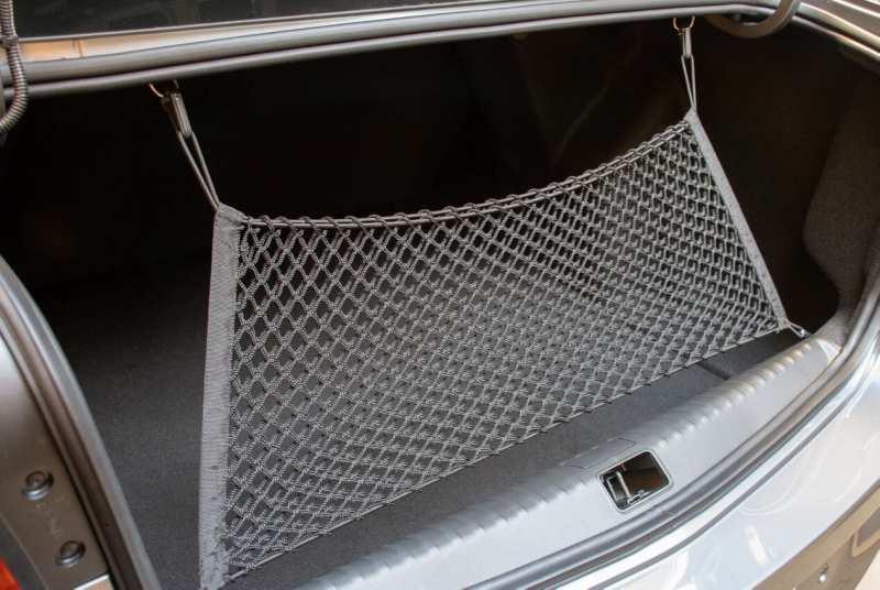 Chevrolet Cobalt trunk