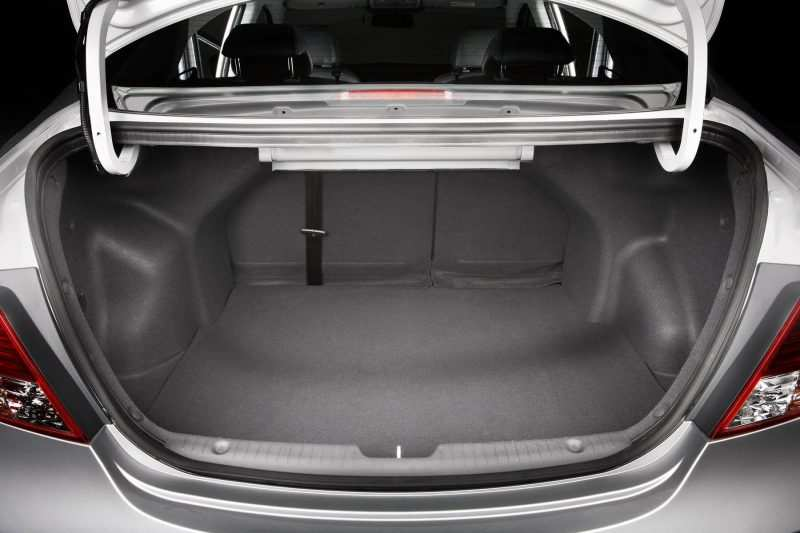 Hyundai Solaris trunk