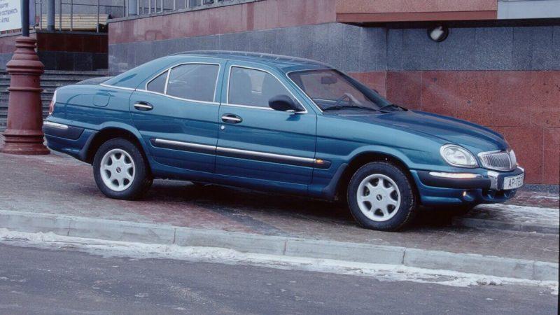 Volga-3111 side view