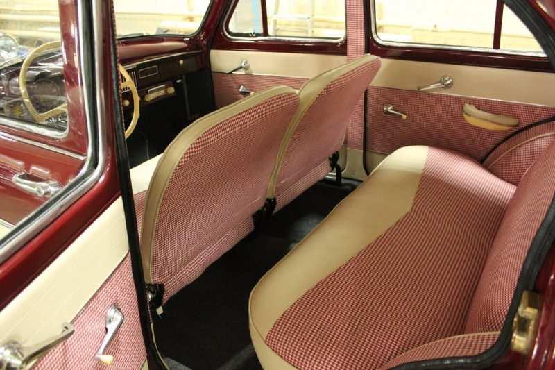 Moskvich-407 Rear sofa