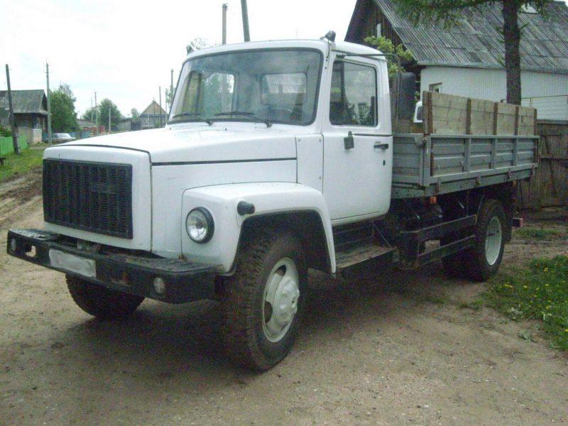 Photo of GAZ-3307