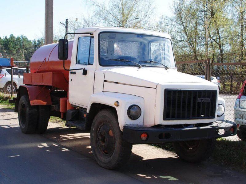 GAZ-3307 photo
