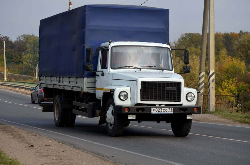 GAZ-3309 photo of the car