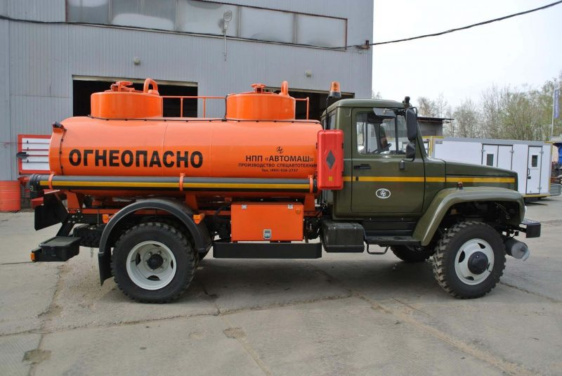 GAZ-3309 photo of gasoline truck width
