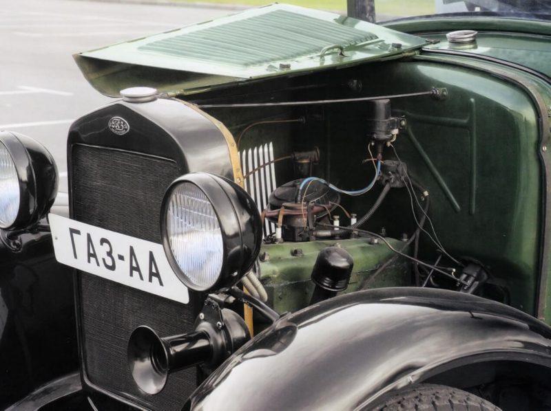 GAZ-AA engine