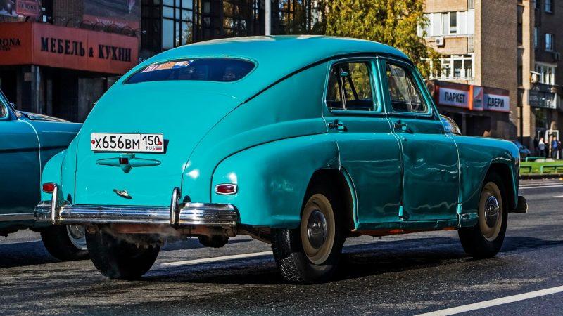 GAZ-M20 Pobeda rear view
