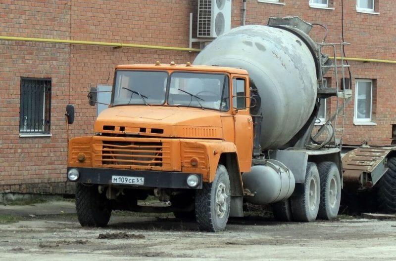 KrAZ-250 concrete mixer