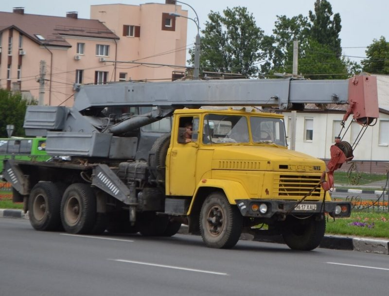 KrAZ-250 truck crane