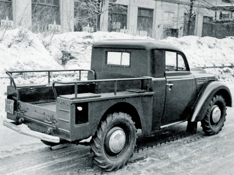 Moskvich-400 photo pickup