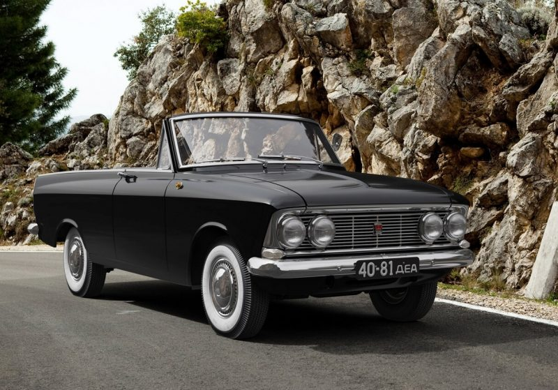 Auto Moskvich-408 Tourist