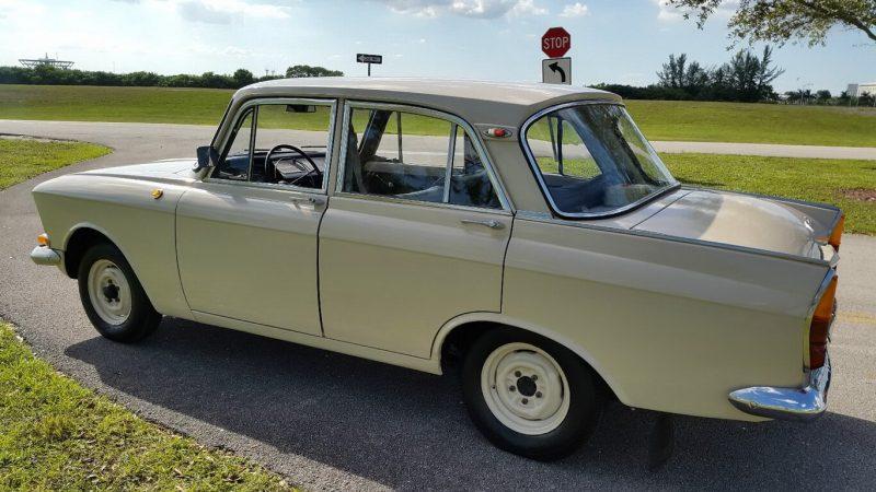 Sedan Moskvich-408