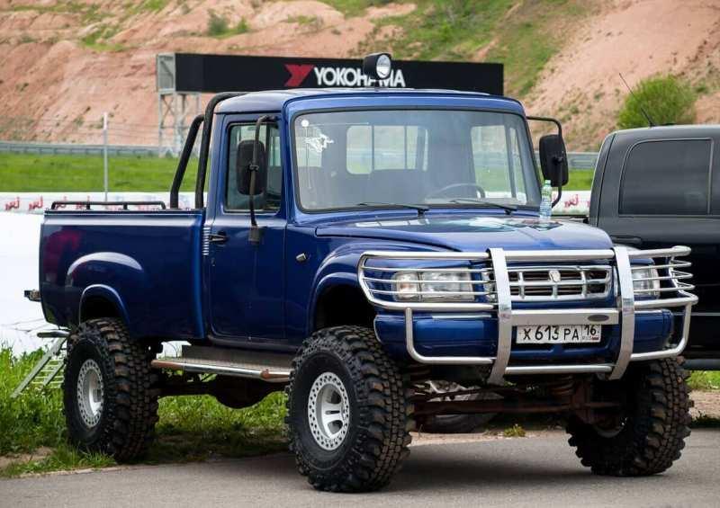 GAZ-2308