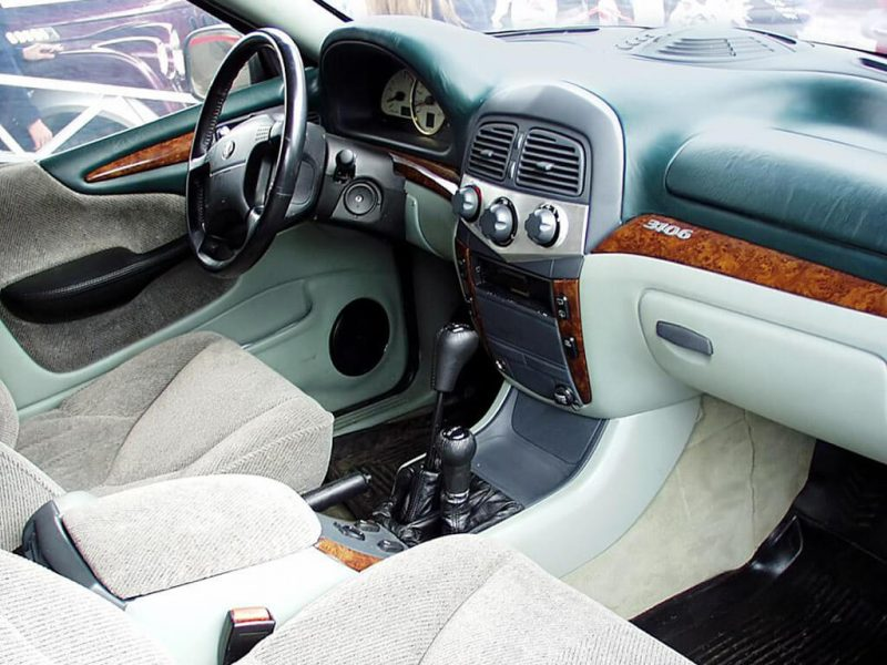 Interior of -3106