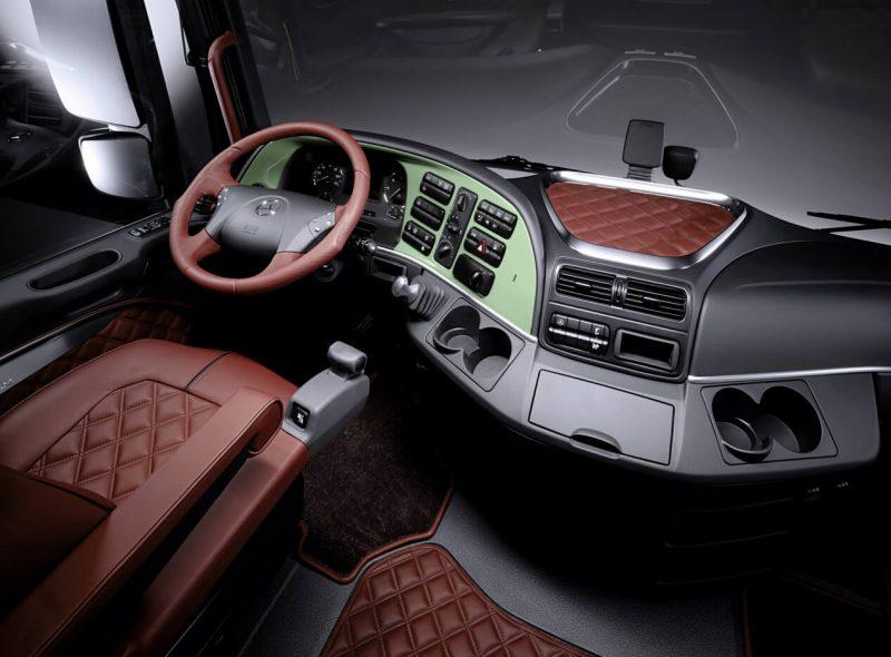 Mercedes-Benz Actros cabin