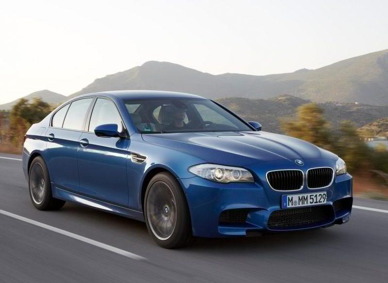Auto BMW M5 (F10)