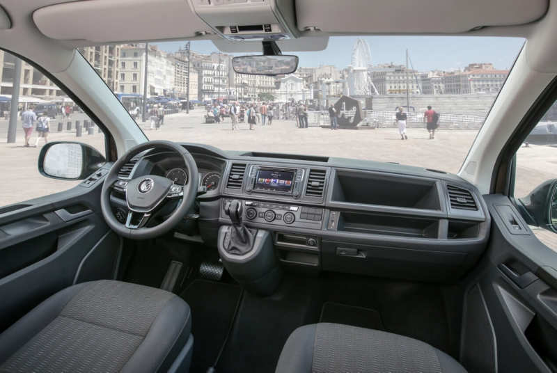 Volkswagen Caravelle LWB (T6)
