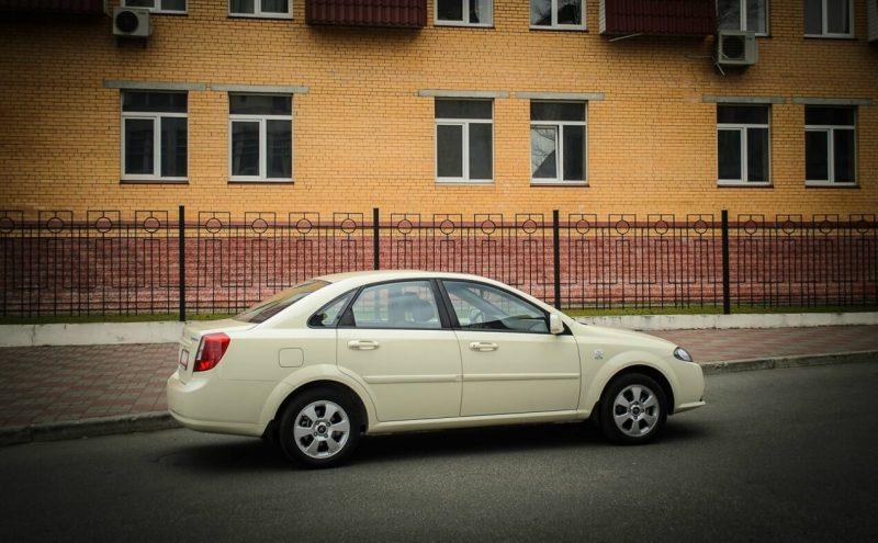 Daewoo Gentra photo auto