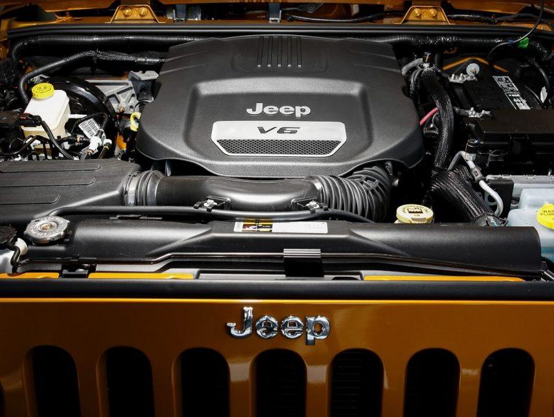 Jeep Wrangler III engine