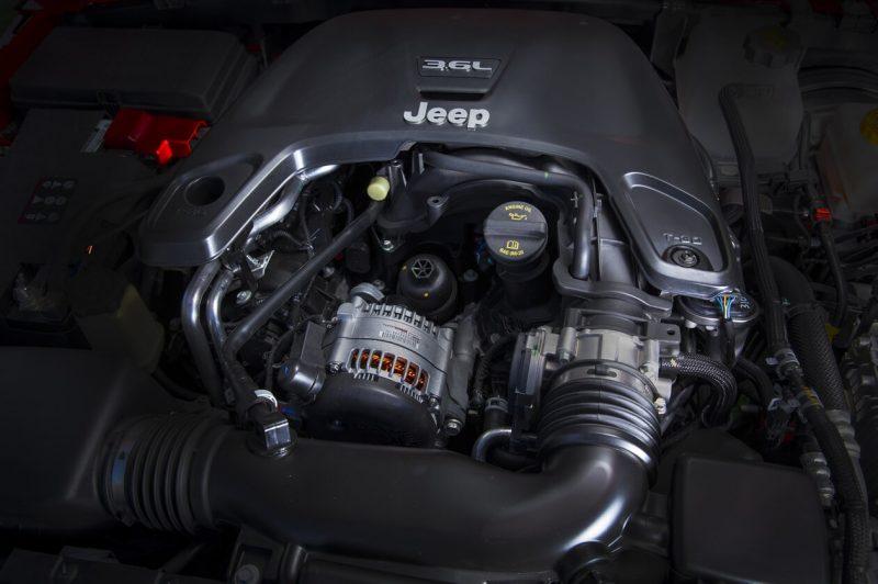 Jeep Wrangler IV engine