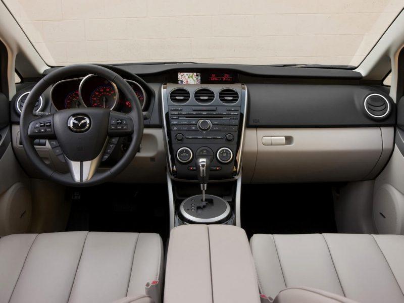 Mazda CX-7 salon
