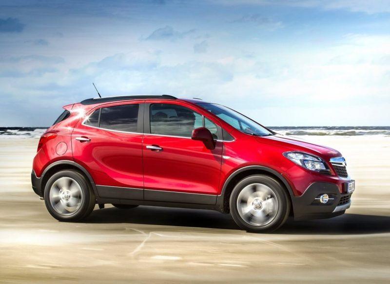 Side view Opel Mokka