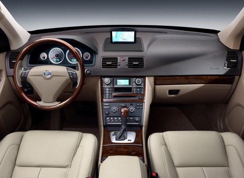 Interior of Volvo XC90 2006
